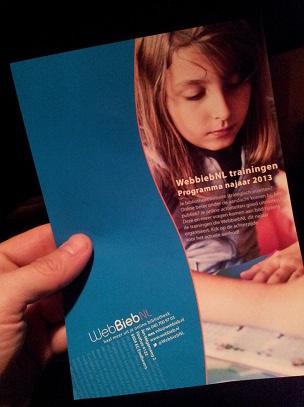 Flyer met programma trainingen voor bibliotheken najaar 2013.