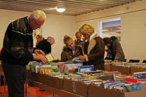 Verkoop afgeschreven boeken in Bibliotheek Alblasserdam